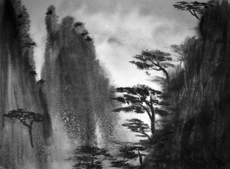 中国の山霧と松