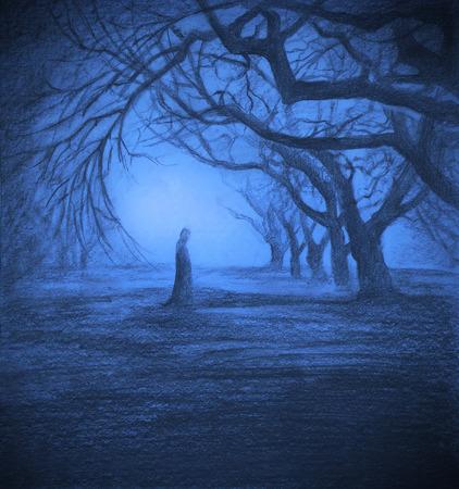 Eine einsame Gestalt in der Dämmerung Wald Standard-Bild - 52013676