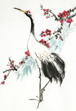 kraanvogel en bloeiende pruimentak op een lichte achtergrond