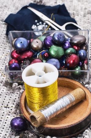 bead embroidery: beadweaving