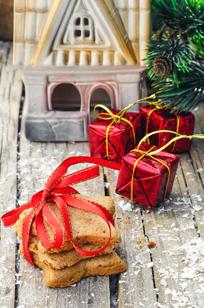 cone cake cone: Home-baked star-shaped Christmas decorations on wooden background