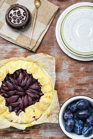 afters: Rustic pie with autumn plum.The view from the top
