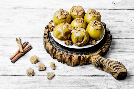 baking apples stuffed with nuts, honey with cinnamon.