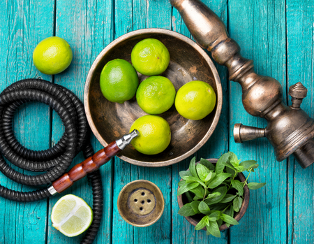 hookah with a tobacco flavor of a mixture of lime and peppermint