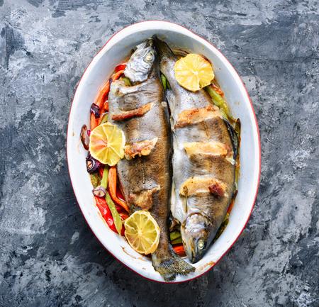 Fish with vegetables and lemon Banco de Imagens