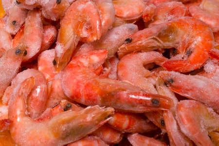 Fresh shrimps in ice. Top view. Imagens