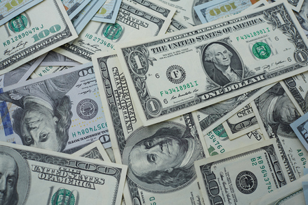 usd: banknotes to one and one hundred USD