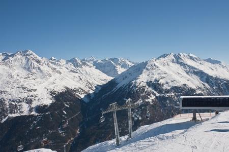 station ski: Props and station ski lifts. The resort of Sölden. Austria