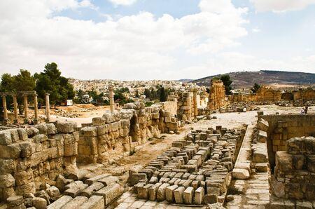 Ancient Jerash ruins, Jordan Stock Photo - 12412306