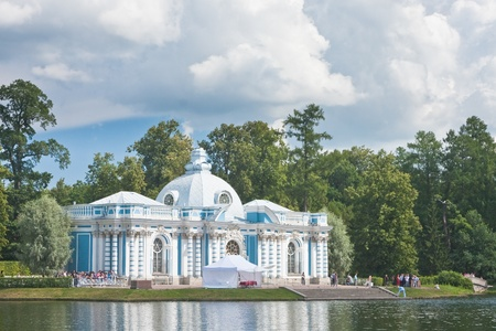 Russia  St -Petersburg  Tsarskoe Selo  Pushkin   Pavilion  Grotto  on coast of the big pond in Catherine Stock Photo - 12927944