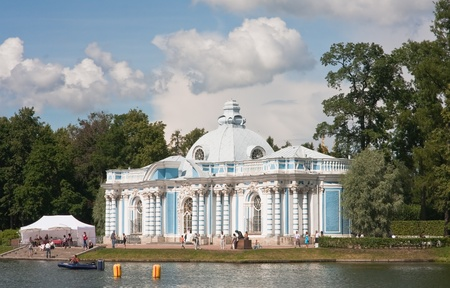 Russia  St -Petersburg  Tsarskoe Selo  Pushkin   Pavilion  Grotto  on coast of the big pond in Catherine Stock Photo - 13129248