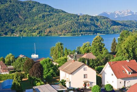 Resort Pörtschach am Wörthersee en de Wörthersee. Oostenrijk