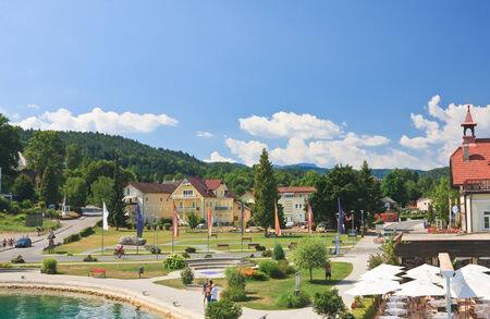 Resort Reifnitz. Lake Worth. Karinthië, Oostenrijk Stockfoto