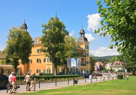 Hotel Falkensteiner Schlosshotel Velden. Resort Velden am Wörthersee. Oostenrijk Redactioneel