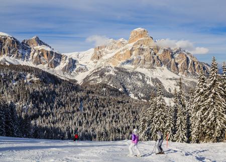 selva: Skiers at Ski resort of Selva di Val Gardena, Italy