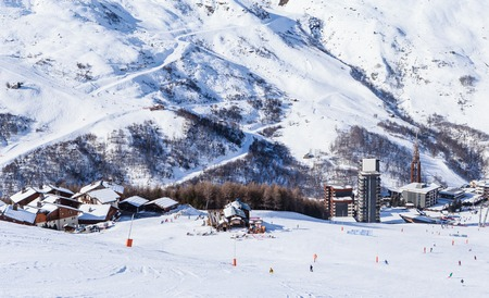 valley view: Valley view of Val Thorens. Village of Les Menuires. France Stock Photo