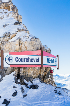 ski runs: Pointers runs on the border ski resorts of Meribel and Courchevel. France