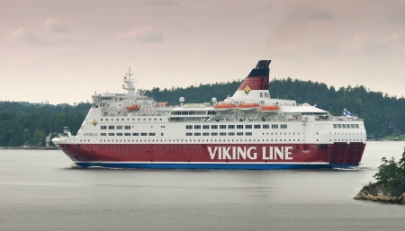lilla: Lilla Vartan, Sweden - July 5, 2012 - Ferry Viking Line leave water area of Stockholm port. Editorial