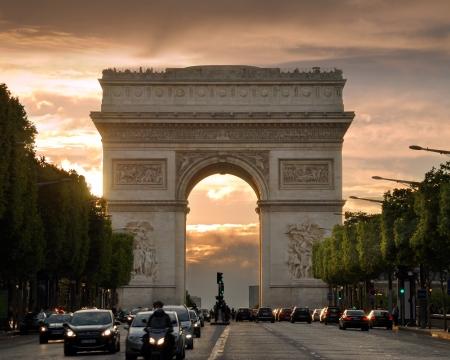 gaulle: The Triumphal Arch (Arc de Triomphe de lEtoile) on Place Charles de Gaulle, one of the most famous monuments in Paris, France.