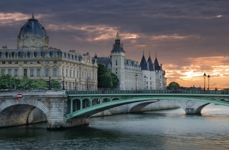 The bridge Pont Notre Dame over river Seine in Paris, France.  Stock Photo