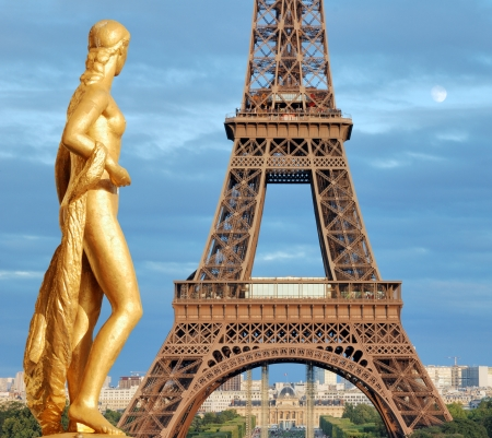 Gilded sculpture on Trocadero and Eiffel Tower in Paris, France. Stock Photo - 16758667