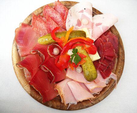 Italiaanse verscheidenheid van gesneden vlees snij plank  Stockfoto - 7502746