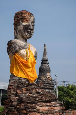 Buddha Statues At The Temple Of Wat Yai Chai Mongkol In Ayutthaya Near Bangkok. Imagens