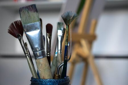 dirty: Dirty brushes