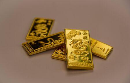 zodiac sign: zodiac sign in gold bar