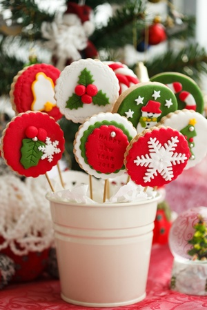 christmas food: Homemade christmas cookies - gingerbread