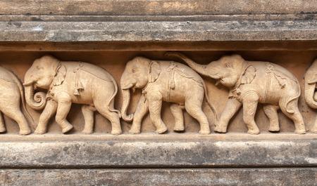 sri lanka temple: Carvings of elephants at the Kelaniya temple in Sri Lanka.