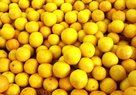 Pile of fresh yellow lemons 스톡 콘텐츠