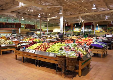 pracoviště: Loblaws supermarket v Torontu, Ontario, Kanada Redakční