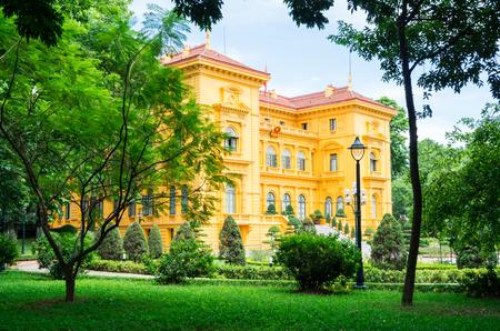 ベトナム ・ ハノイの大統領宮殿は、1900 年と 1906 元知事の住宅として建てられました。 写真素材