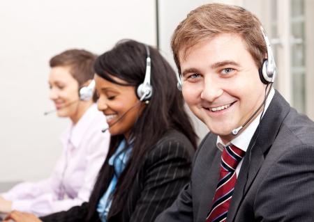 callcenter service communicatie in het kantoor van exploitant