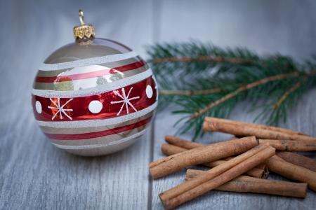 feestelijke glitter kerst decoratie kerstbal seizoensgebonden wintervakantie Stockfoto