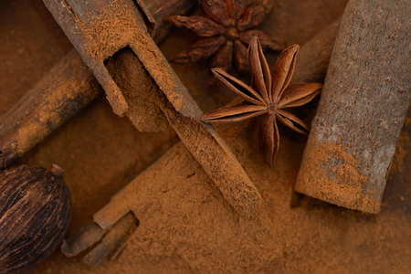 bestrew: Spices on wooden table