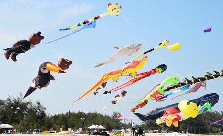 cha: CHA- AM BEACH - MARCH 28: Thailand International Kite Festival on March 28,2015 in Cha- am beach, Phetchaburi province, Thailand