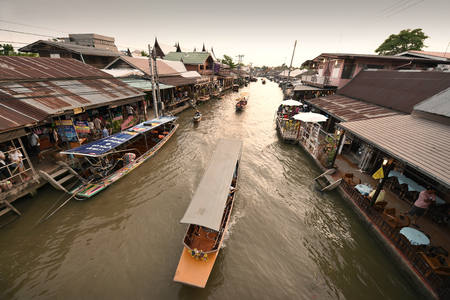 amphawa: AMPHAWA  MAY 2 : Amphawa market canal the most famous of floating market and cultural tourist destination on May 2 2015 in Amphawa Thailand. Editorial