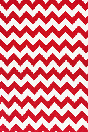 throw cushion: Pattern of red and white striped glides.