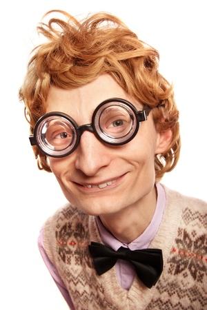 geek: Individuo divertido friki con gafas