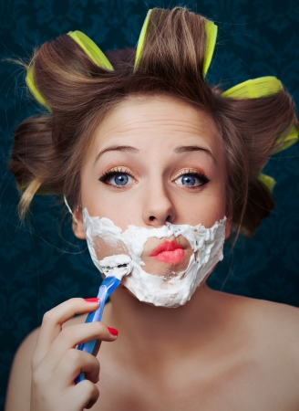 curlers: Girl shaving face