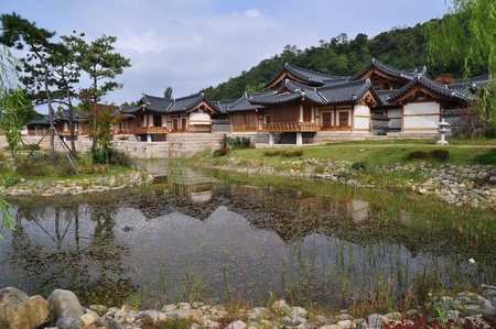 south east: korea pavillion with reflect