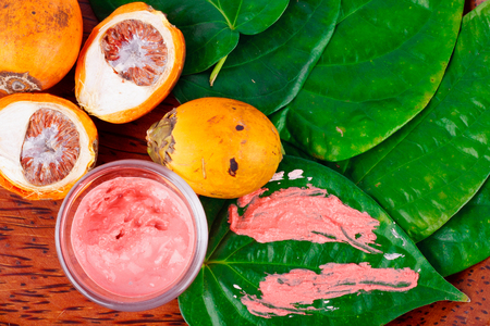 Chewing betel nut and betel is the culture of the ASEAN