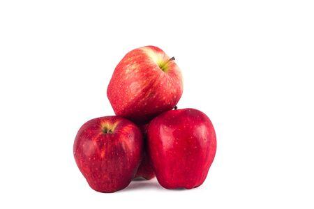Manzanas rojas frutas sobre fondo blanco frutas agricultura alimentos aislados Foto de archivo