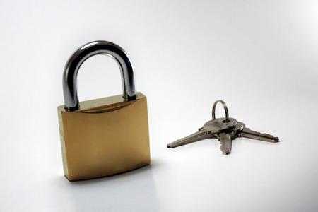 no pase: Bloqueo de oro y claves