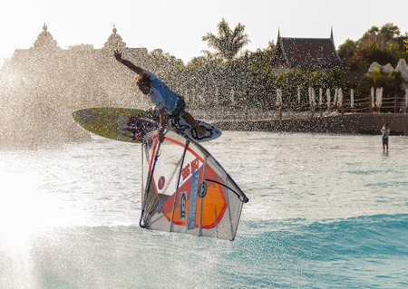 windsurfing: Sesi�n de Windsurf en el parque Siam PWA2014 Tenerife