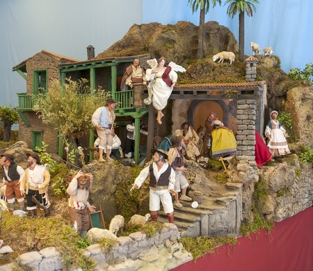live work city: Toy city  in the Parliament of Canary Islands 2014 Editorial