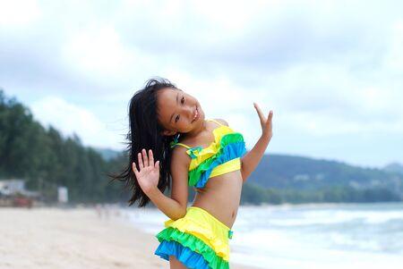 Asian little girl at the beach 免版税图像