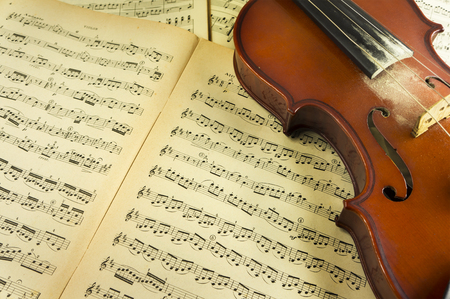 sheet music: Violin and Sheet Music